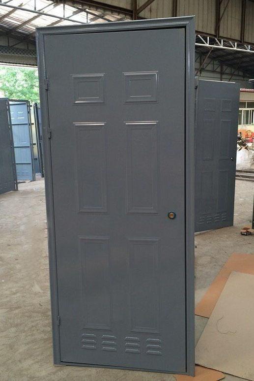 地下室储藏间门